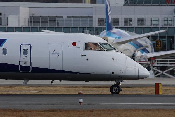 EH DHC-8-402Q JA844A RJOM 150219 03