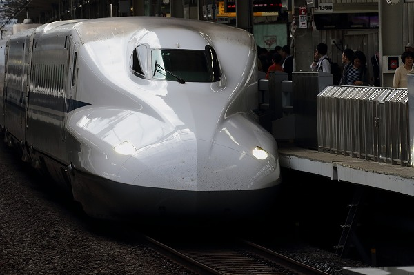 京都駅新幹線N700系 150504 01