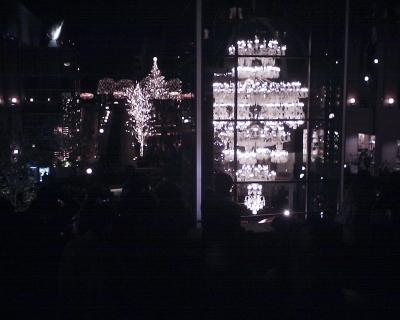 恵比寿ガーデンプレイス・バカラシャンデリアとツリー2014:R2