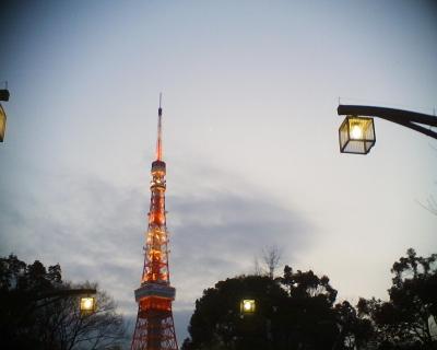 東京タワーと月と:R2