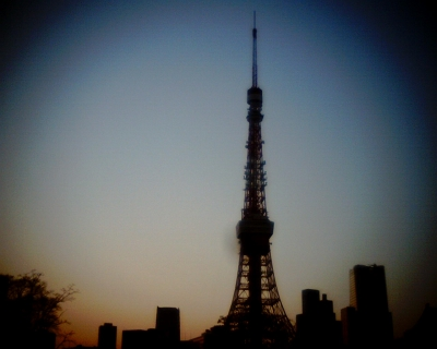 夕暮れにたたずむ東京タワー:Entrry