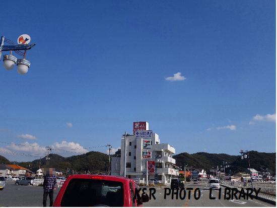 11月23日安房小湊駅前