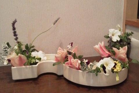 春 庭の花で
