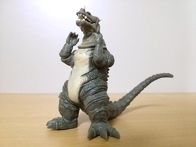 HGウルトラマンVS仮面ライダー4