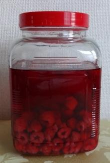 10.16 ラズベリー酒 小