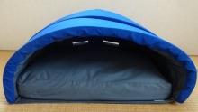 ドームに枕をセットしました。
