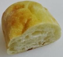 オリーブオイルのパンだったかな・・・