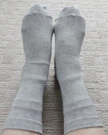 2枚目は綿先丸靴下