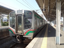 14:57 この列車で仙台駅に行きます。