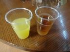 10:42 バヤリース オレンジと十六茶 も