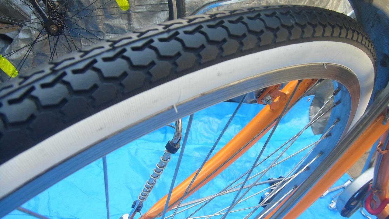 自転車の 自転車 タイヤ交換 前輪 : 買った!自転車のタイヤ交換に ...