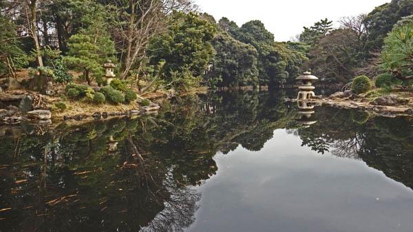 新宿御苑 玉藻池