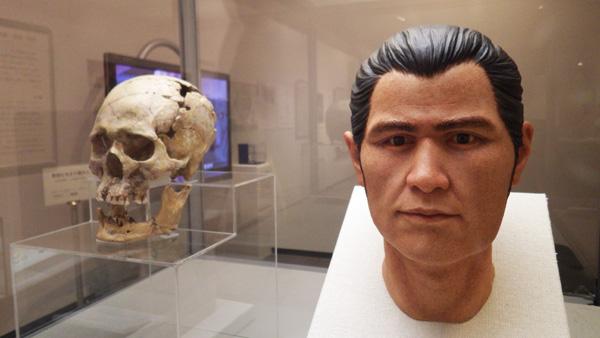 復元された縄文人の顔