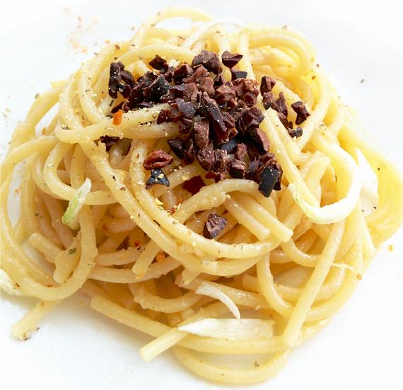 カカオニブのペペロンチーノ