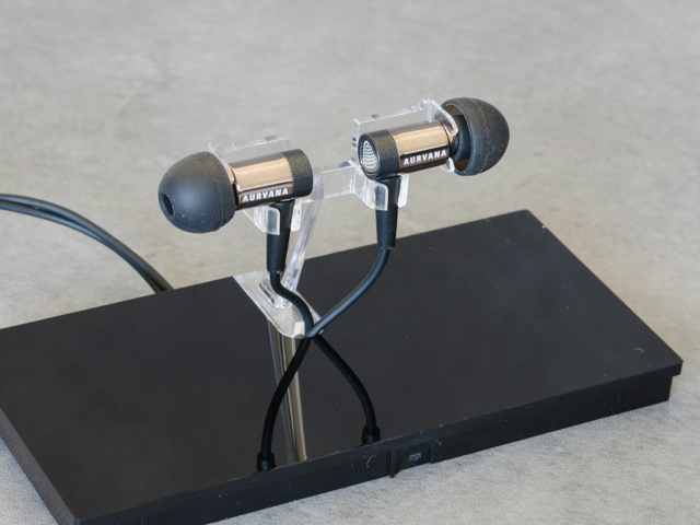 Aurvana_In-Ear2_Plus_05.jpg