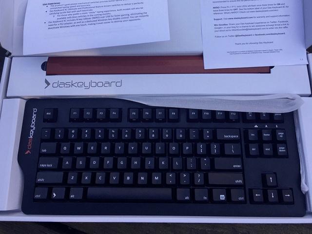 Das_Keyboard_4C_01.jpg