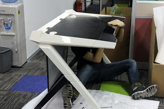 Dxracer_Desk_02.jpg