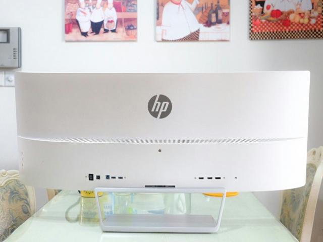 HP_Z34c_04.jpg