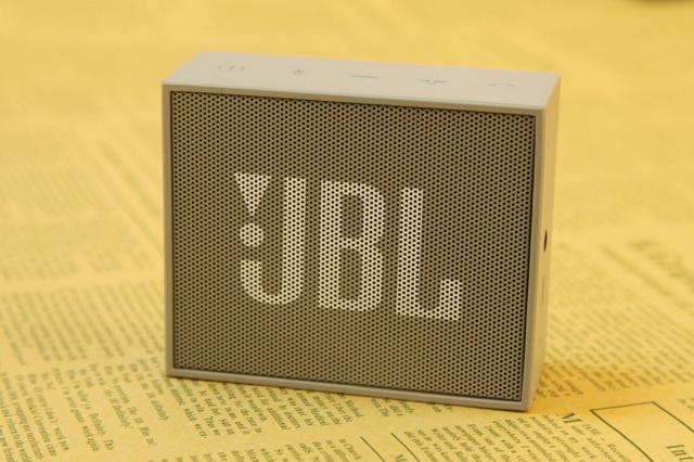 JBL_GO_02.jpg