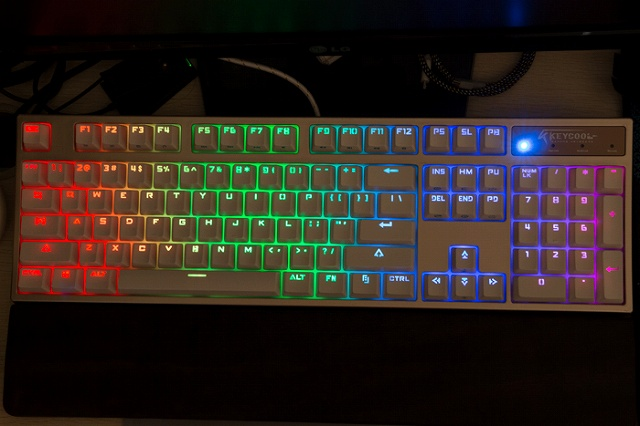 KEYCOOL_Hero_RGB_01.jpg