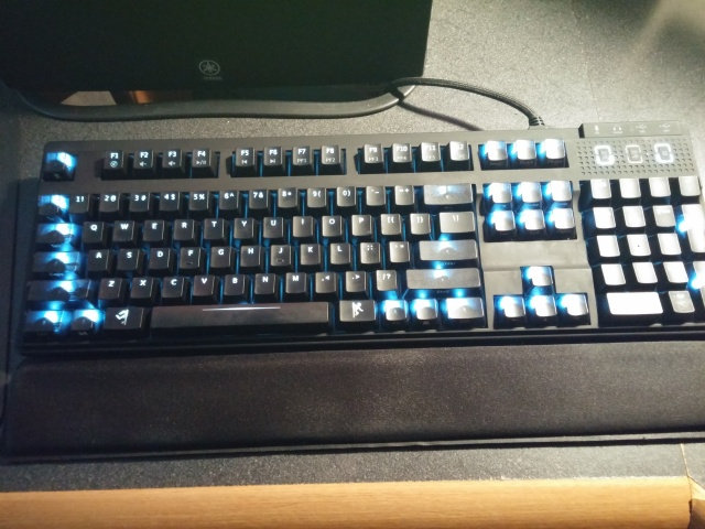 Mechanical_Keyboard42_94.jpg