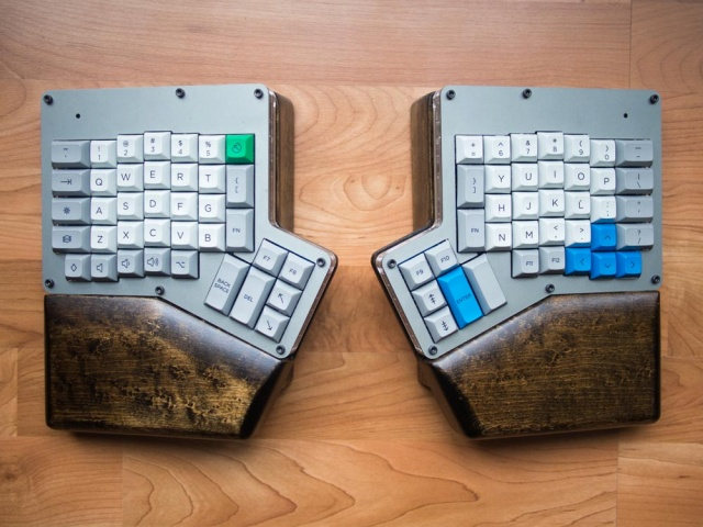 Mechanical_Keyboard43_75.jpg