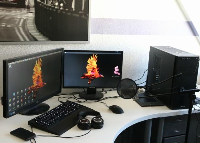 PCdesk_MultiDisplay42_61.jpg
