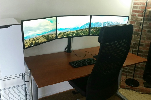 PCdesk_MultiDisplay44_27.jpg