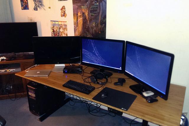 PCdesk_MultiDisplay45_58.jpg