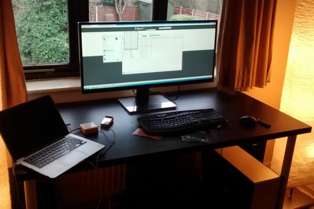 PCdesk_UltlaWideMonitor3_61.jpg