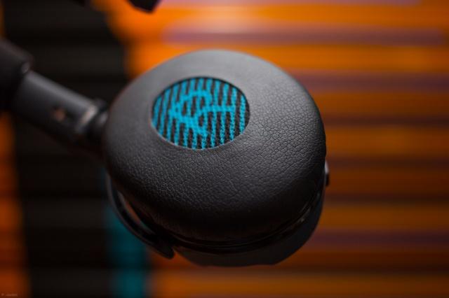 SoundLink_on-ear_Bluetooth_04.jpg