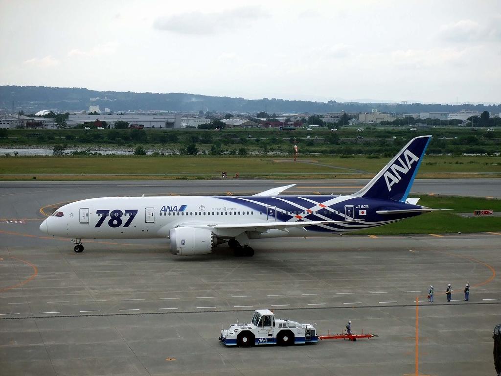 富山空港2013_6_28