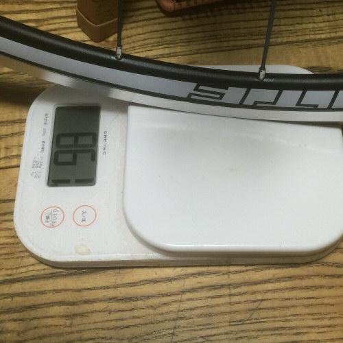 後輪ホイール重量