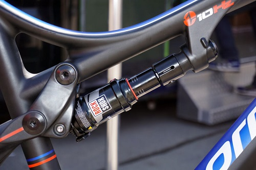 2016-Corratec-Inside-Link-Carbon-Race-100mm-full-susp-MTB-06.jpg