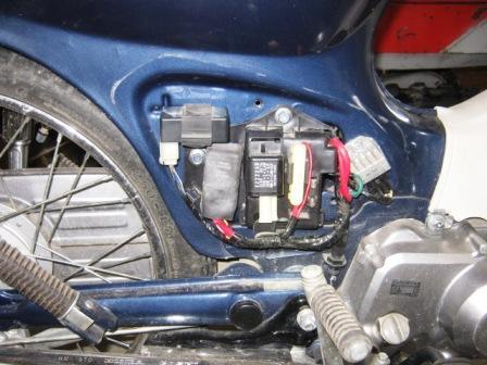 カブバッテリー交換150314c