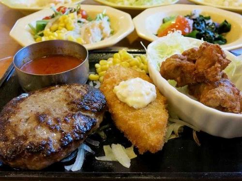 日替りランチ&サラダ