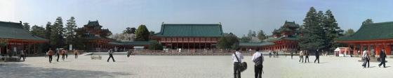 Heian-jingu_panoramic_view_23046125_63be7615e3_o.jpg