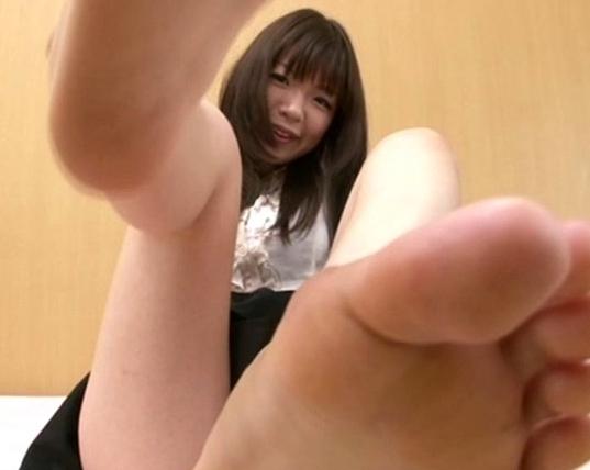 お姉さんのペロペロしたくなる足裏と爪先をじっくり堪能の脚フェチDVD画像3