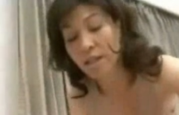 柴田由加利 熟女が中出し潮吹きエッチ 五十路