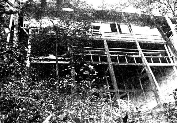 昭和2年(1927)当時の奥院礼堂(中央美術151号掲載)