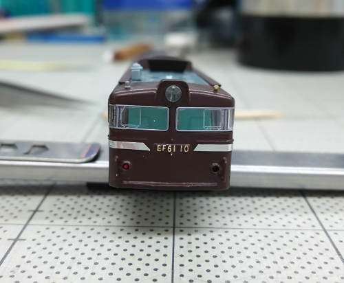 EF61茶色へ9