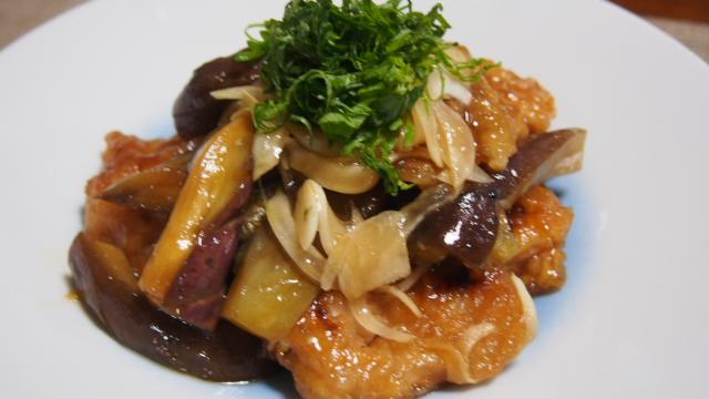 お慶さんのおもてなし料理日記 豚肉と茄子の揚げ焼き南蛮漬け  鰻ざく  お豆とチーズのサラダ  簡単フローズンヨーグルト