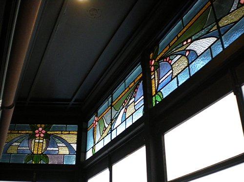 島津製作所旧本店・ステンドグラス2