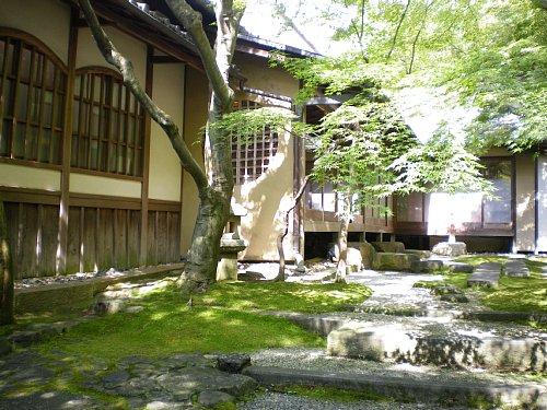 千寿閣・庭