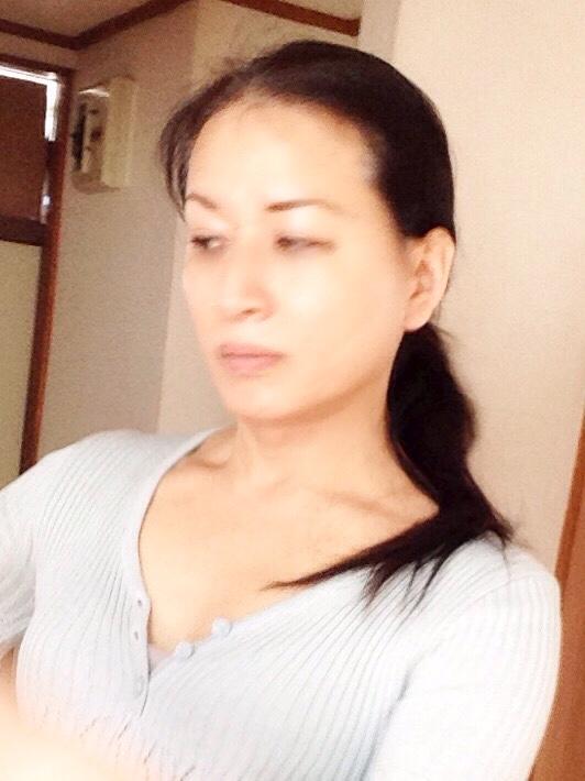 熟女NHヘルス孃マダム舞の袖振り合うも他生の縁|どっちが貧乏臭いんだよ