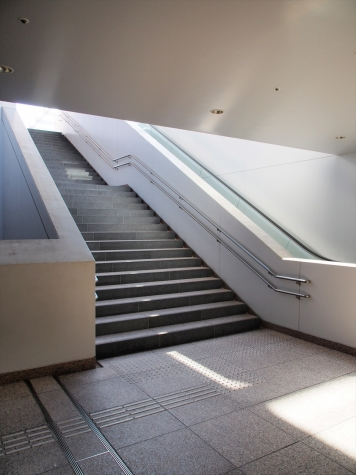 東京メトロ 千代田線 乃木坂駅