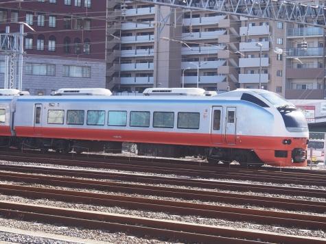 JR 常磐線 E653系 電車