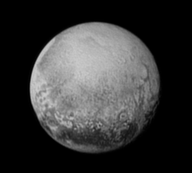 アメリカ無人探査機ニュー・ホライズンズ…14日、冥王星に最接近