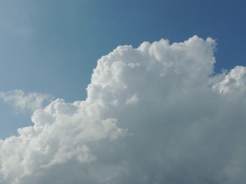 12日も各地で暑さ続く、関東や東海では猛暑日に…熱中症に注意
