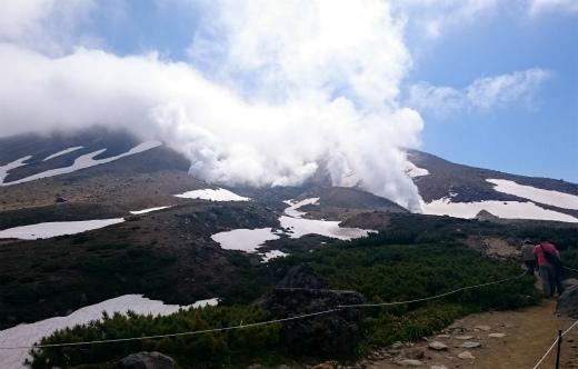 s-691-旭岳噴煙